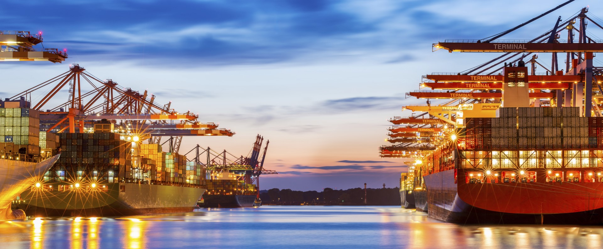 Ports-shipping-night (2) (Large)